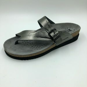 Mephisto Womens size 38 US 8 slides Footbed Pewter